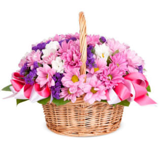 Цветы в корзинке с гвоздиками