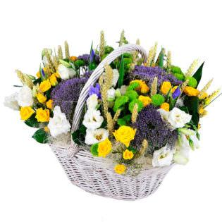 Цветы в корзинке «Летняя лужайка»